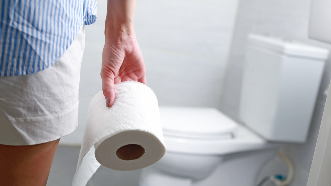 This Incredible Gadget Makes Changing the Toilet Paper Roll a One-Hand, One-Step Chore