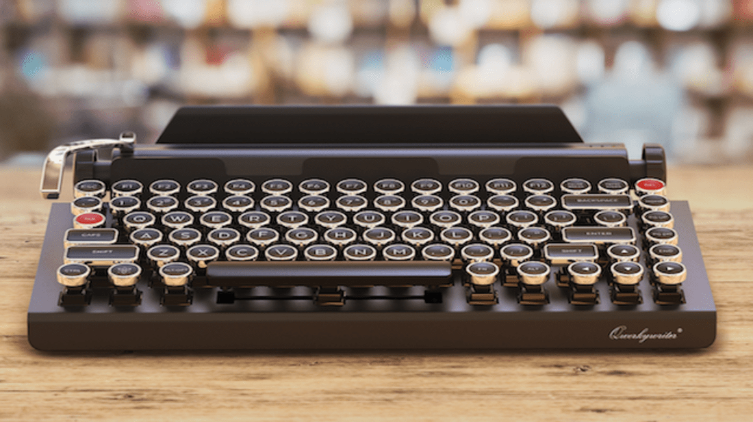 Turn Your iPad Into a Typewriter With This Bluetooth Keyboard