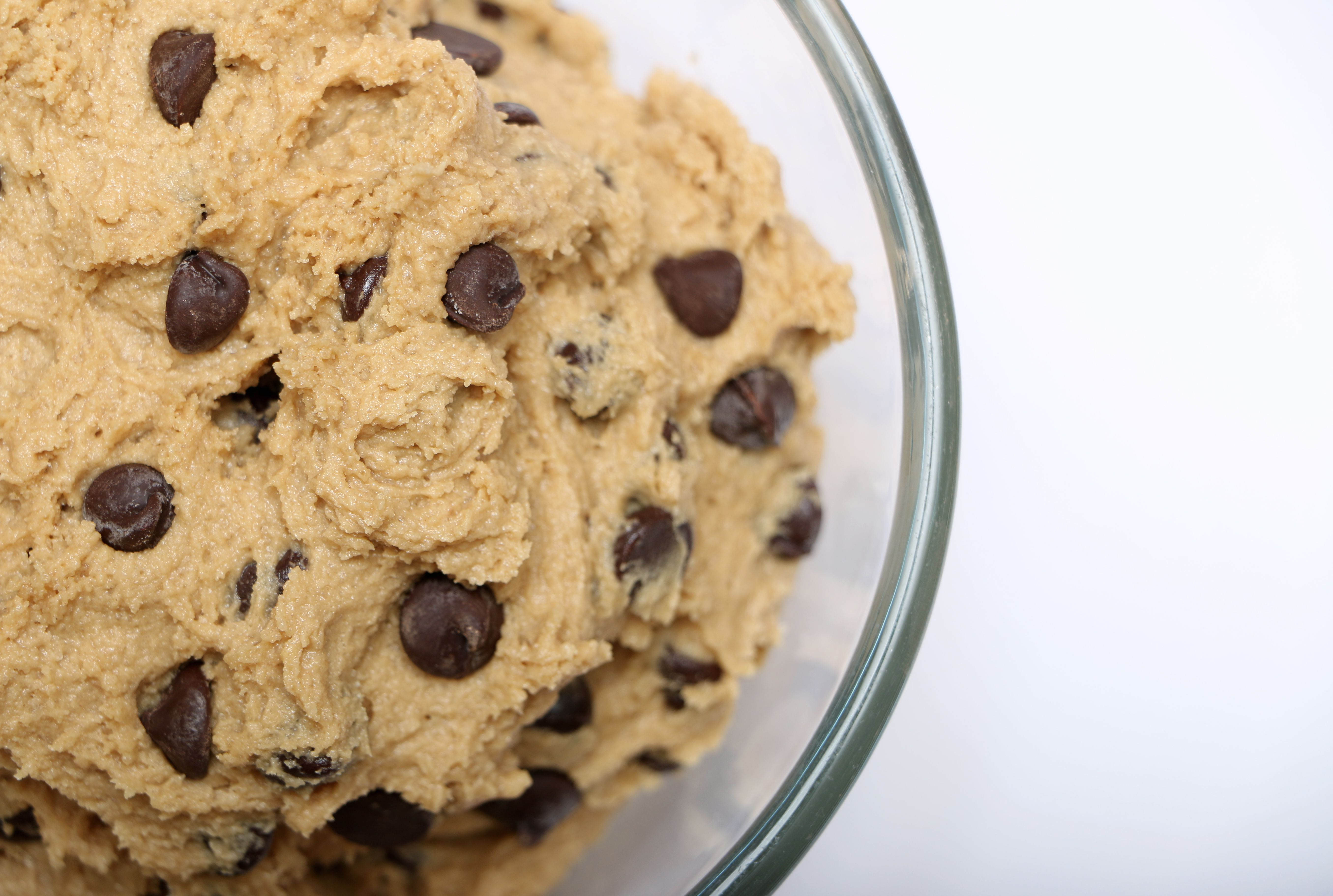 Finally Nestle Toll House Releases Line Of Edible Cookie Doughs Mental Floss