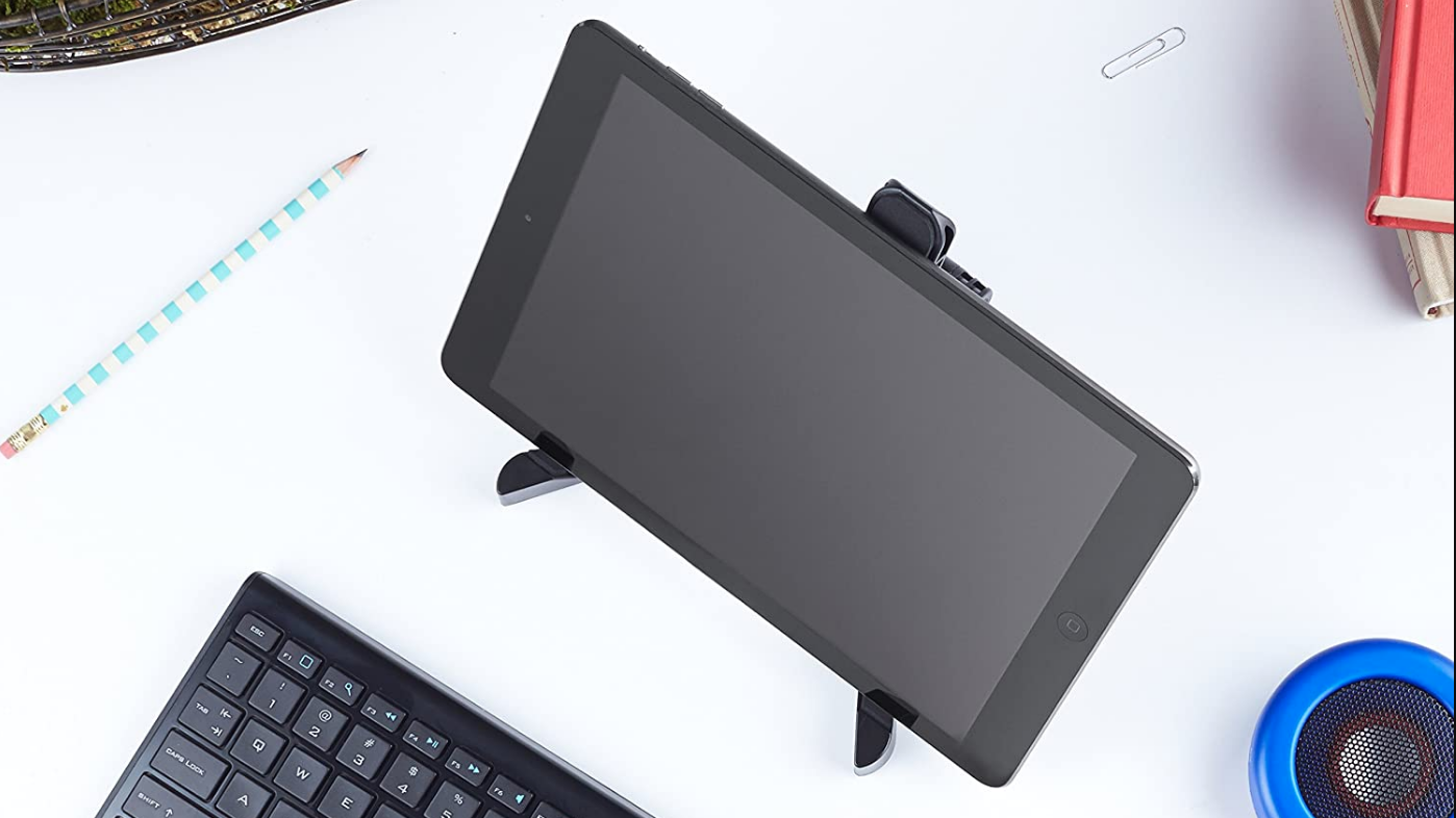6 Amazon Basics Accessories That Work With Your Apple Products