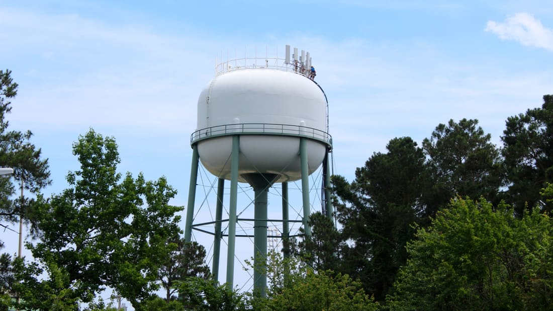 How Do Water Towers Work? | Mental Floss