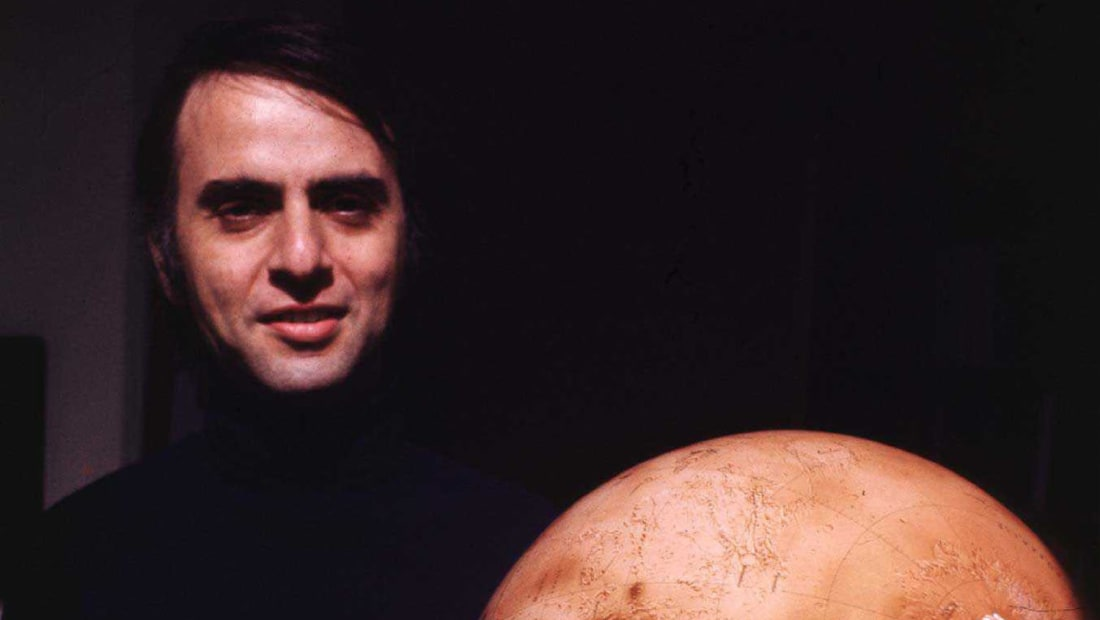 11 Out-of-This-World Facts About Carl Sagan | Mental Floss
