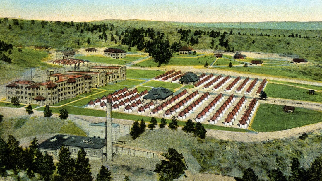 A 1910 postcard depicts the Modern Woodmen of America sanatorium in Colorado Springs, Colo.