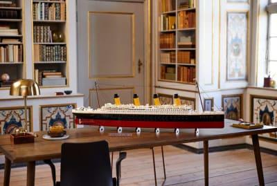 LEGO's Titanic set includes 9090 pieces.