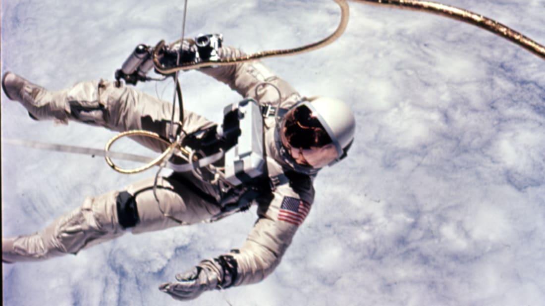 NASA Photo ID S65-30427 // Public Domain