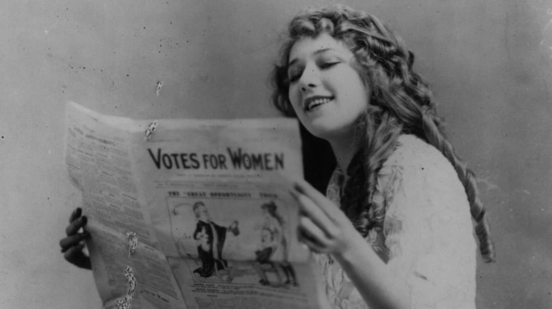 American women gaining the right to vote was just one major historical even that happened in 1920.