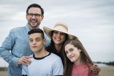Christian Slater, Rami Malek, Vaishnavi Sharma, and Carly Chaikin got a special surprise from a 1980s sitcom icon in Mr. Robot's second season.