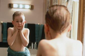 Macaulay Culkin in Home Alone (1990).