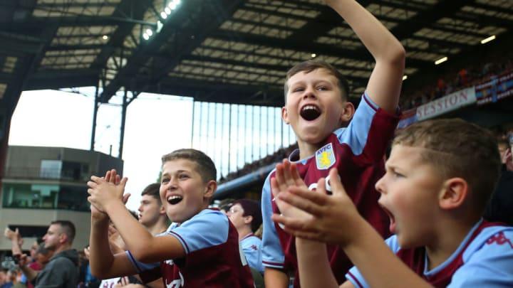 Aston Villa Premier League Seleção Inglesa Southgate Covid-19 Vacinação
