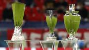 UEFA Avrupa Ligi, UEFA Süper Kupası ve Şampiyonlar Ligi şampiyonlarına verilen kupalar.
