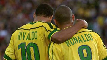 Rivaldo e Ronaldo estão na história do futebol brasileiro