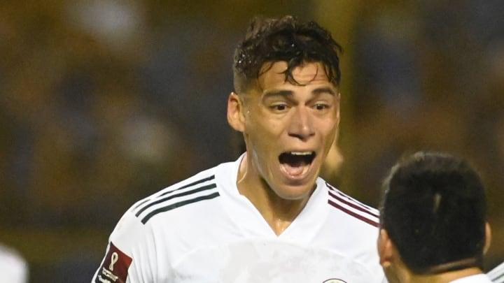 Héctor Moreno se encargó de abrir el marcador en la victoria 0-2 de México sobre El Salvador.