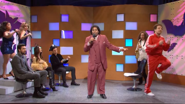 """Saturday Night Live revives """"What Up With That"""""""