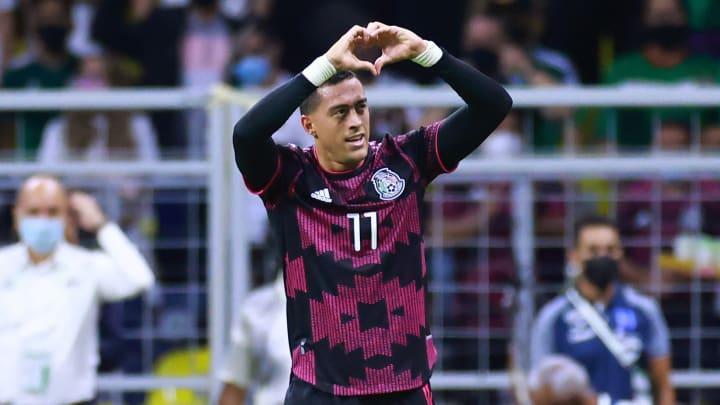 Rogelio Funes Mori convirtió su primer gol con la selección mexicana en el Octagonal Final de la CONCACAF.