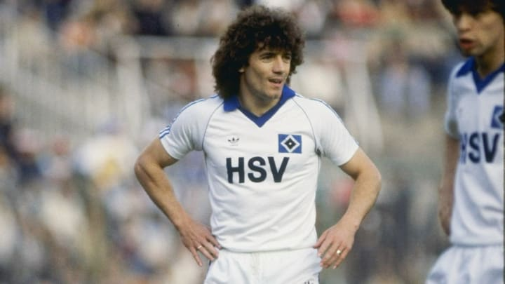 Kevin Keegan in action for SV Hamburg