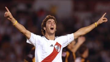 Gonzalo Higuaín la descosió en River antes de pasar a Europa.
