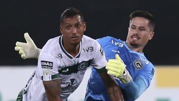 Goiás, de David Duarte e Tadeu, enfrenta o CSA