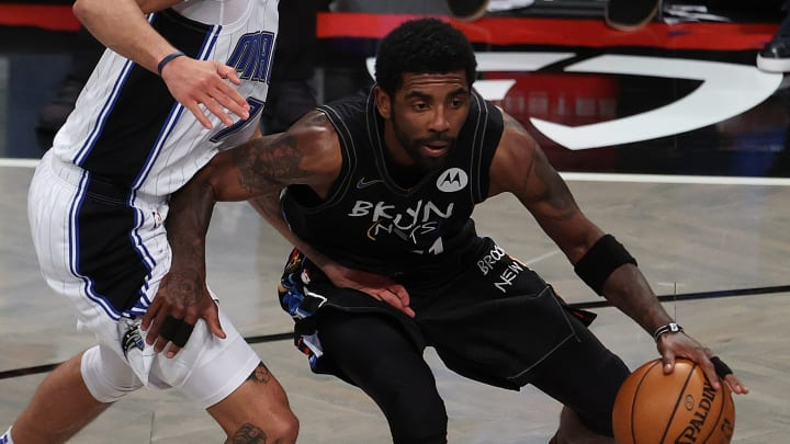 Kyrie Irving podría perder muchos juegos en la temporada 2021-22 de la NBA