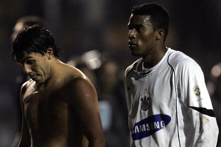 Carlos Tevez Corinthians River Plate Libertadores 2006
