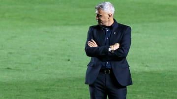 São Paulo terá que pagar uma multa após rescindir com Crespo.
