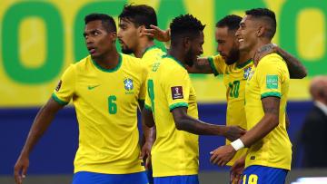 Time comandado por Tite não deu chances a Cavani, Suárez e companhia