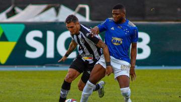 Cruzeiro e Botafogo se enfrentam nesta terça em Belo Horizonte