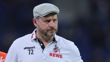 Steffen Baumgart stichelt gegen den Rhein-Rivalen