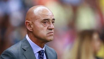El ex entrenador de fútbol afirmó que el entrenador del Rebaño es una copia suya