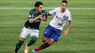 Bahia e Palmeiras medem forças na 26ª rodada do Campeonato Brasileiro.