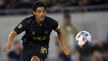 Carlos Vela sigue sin fecha para volver a la acción con LAFC, pero esperan esté listo para los Playoffs.