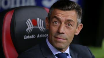 Pedro Caixinha actualmente no tiene equipo