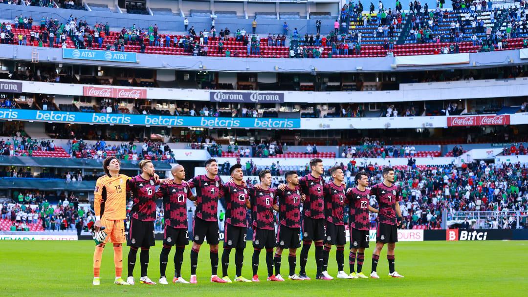 Jugadores de México previo al partido ante Honduras.