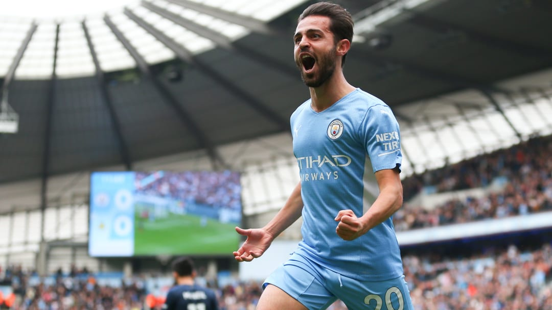 Bernardo Silva celebrates his goal