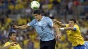 Com Thiago Silva representando o Brasil, veja 6 jogadores que estão nos elencos de Brasil e Uruguai que participaram da Copa do Mundo de 2010.