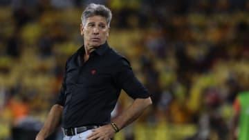Renato Gaúcho ganhou um problema inesperado