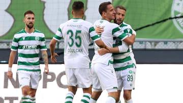 İttifak Holding Konyaspor oyuncularının gol sevinci