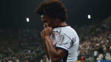 Atleta sentiu problema em duelo contra o Fluminense, nesta quarta