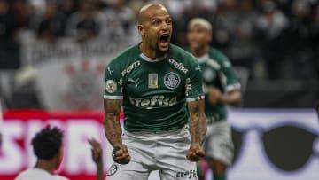 Hoje no Palmeiras, Felipe Melo pegou pênalti quando defendia o Galatasaray, da Turquia.