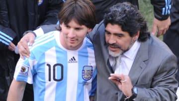 Messi e Maradona, principais estrelas da Argentina, estão na lista
