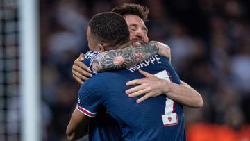 Le duo Mbappé-Messi a permis au PSG de s'imposer face au RB Leipzig (3-2).