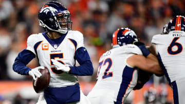 Washington Football Team vs Denver Broncos prediction, odds, spread, over/under and betting trends for NFL Week 8 game.