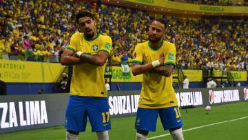 Paquetá parece cada vez mais afirmado ao lado de Neymar