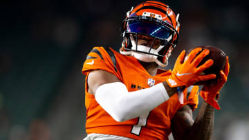 Thursday, Sept. 30, 2021: Cincinnati, OH; Cincinnati Bengals wide receiver Ja'Marr Chase (1) catches a pass before a Week 4 NFL game.