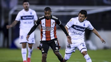Gimnasia Esgrima La Plata v River Plate - Torneo Liga Profesional 2021