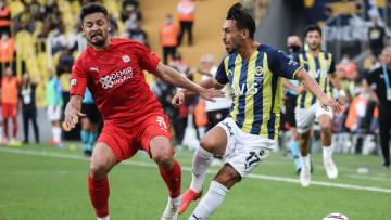 İrfan Can Kahveci ile Ahmet Oğuz arasındaki ikili mücadele