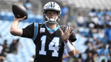 Minnesota Vikings vs Carolina Panthers predictions and expert picks for Week 6 NFL Game.