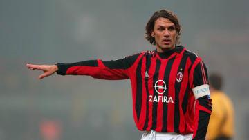 Paolo Maldini tem pai e filho com história no futebol