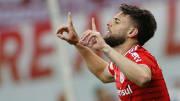 Yuri Alberto, do Inter, fez um hat-trick no Beira-Rio