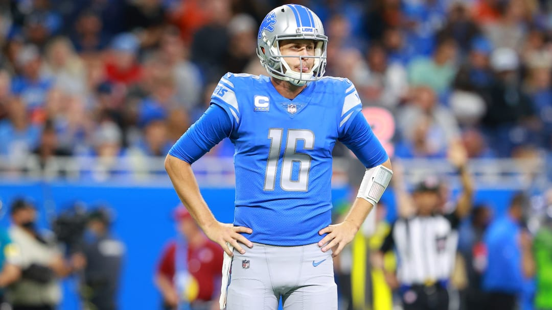 Detroit Lions vs Los Angeles Rams point spread, over/under, moneyline and betting trends for Week 7 NFL game.
