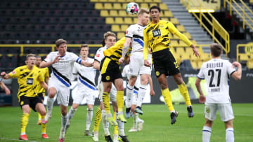 Equipes jogam pela nona rodada da Bundesliga | Borussia Dortmund v DSC Arminia Bielefeld - Bundesliga
